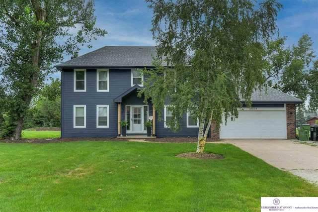 18014 Cottonwood Lane, Springfield, NE 68059 (MLS #22116100) :: Capital City Realty Group