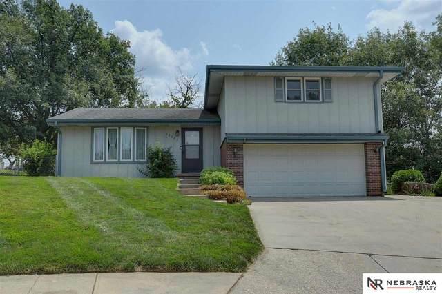 12023 N 156th Avenue Circle, Bennington, NE 68007 (MLS #22116116) :: Omaha Real Estate Group