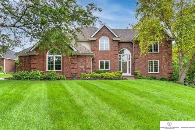 15633 Underwood Circle, Omaha, NE 68118 (MLS #22116261) :: Elevation Real Estate Group at NP Dodge