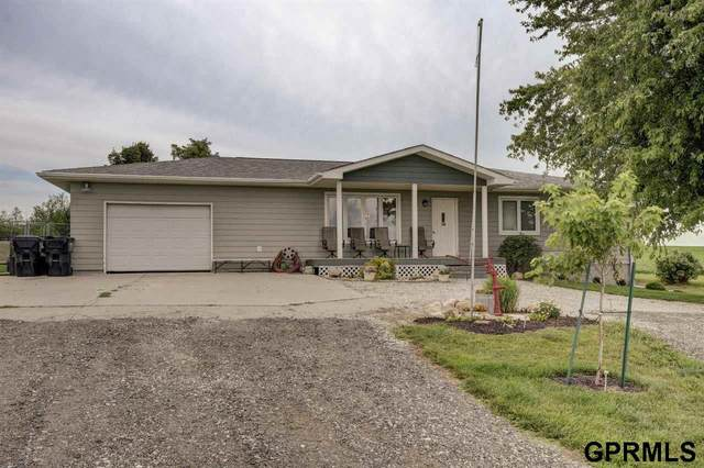 15707 72 Street, Plattsmouth, NE 68048 (MLS #22116400) :: Elevation Real Estate Group at NP Dodge