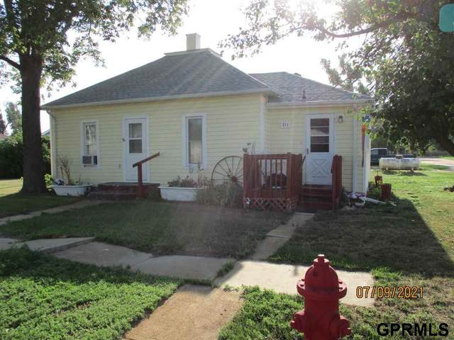 211 S Vennum Street, Palisade, NE 69040 (MLS #22116433) :: Lighthouse Realty Group