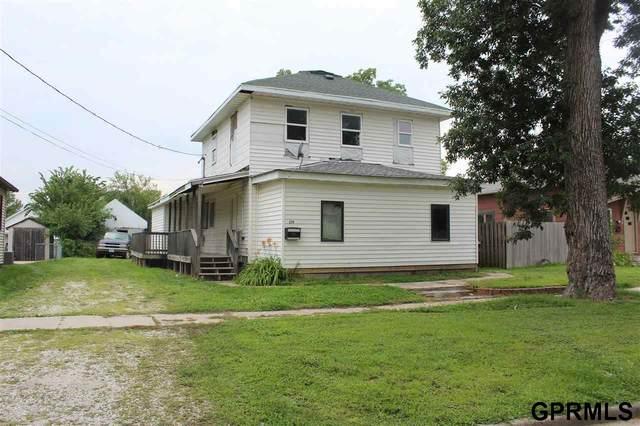 219 N Harrison Street, Missouri Valley, IA 51555 (MLS #22116475) :: kwELITE