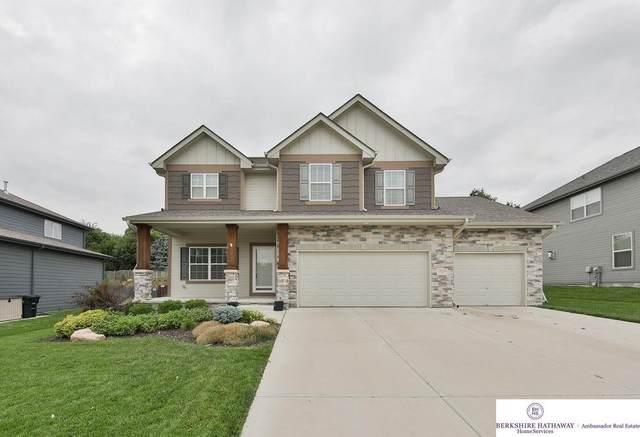18114 Cinnamon Street, Omaha, NE 68135 (MLS #22116479) :: Berkshire Hathaway Ambassador Real Estate