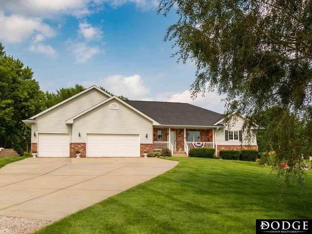 2604 Tepee Circle, Fremont, NE 68025 (MLS #22116552) :: Dodge County Realty Group