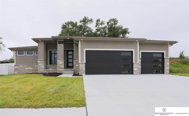 2542 N 188 Street, Elkhorn, NE 68022 (MLS #22116556) :: Dodge County Realty Group