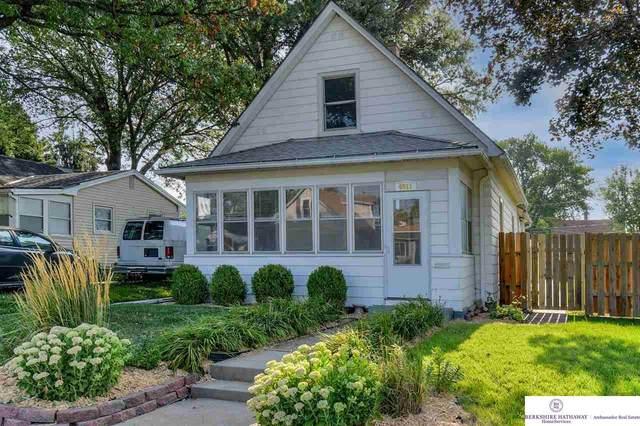 4011 S 35 Street, Omaha, NE 68107 (MLS #22116590) :: Elevation Real Estate Group at NP Dodge