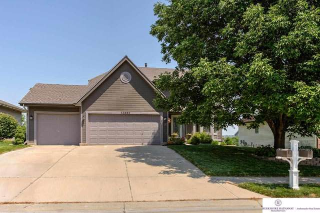 10260 Huntington Avenue, Omaha, NE 68122 (MLS #22116611) :: Lighthouse Realty Group