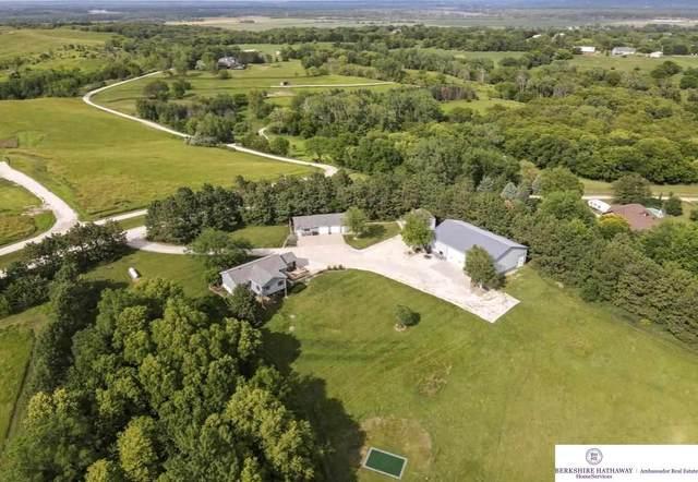 8317 Highview Lane, Fort Calhoun, NE 68023 (MLS #22116635) :: Lighthouse Realty Group