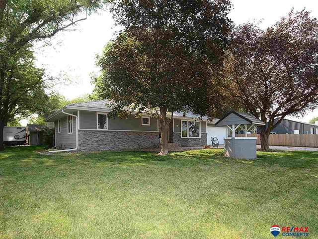8633 Lincoln Street, Lincoln, NE 68526 (MLS #22116647) :: Complete Real Estate Group