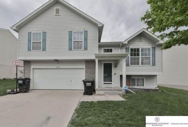 16136 Briar Street, Omaha, NE 68136 (MLS #22116680) :: Dodge County Realty Group