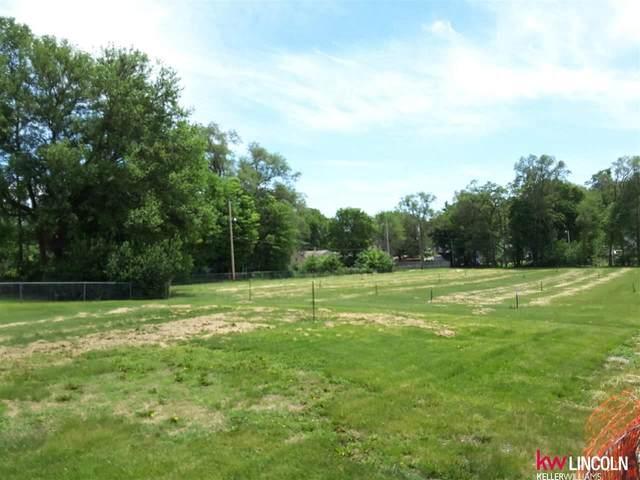 5337 N 36 Street, Omaha, NE 68111 (MLS #22116711) :: Omaha Real Estate Group