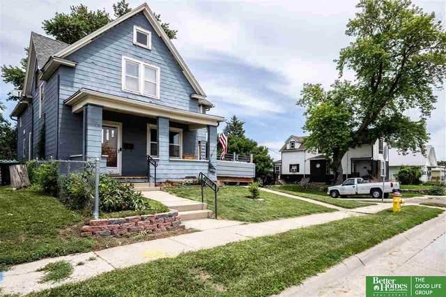 1702 B Street, Omaha, NE 68108 (MLS #22116713) :: Lincoln Select Real Estate Group