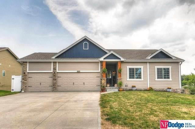 20313 Crystal Avenue, Gretna, NE 68028 (MLS #22116782) :: Dodge County Realty Group