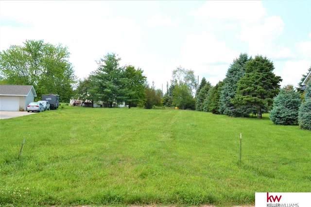 2516 Overlook Circle, Plattsmouth, NE 68048 (MLS #22116950) :: Capital City Realty Group