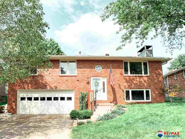 5920 Spruce Street, Lincoln, NE 68516 (MLS #22116998) :: Lincoln Select Real Estate Group