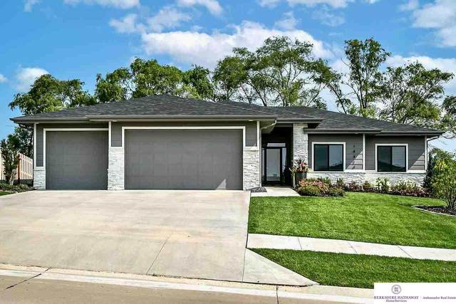 18414 Corby Street, Omaha, NE 68022 (MLS #22117059) :: Capital City Realty Group