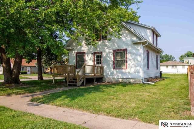 2903 N 43rd Street, Lincoln, NE 68504 (MLS #22117096) :: Capital City Realty Group