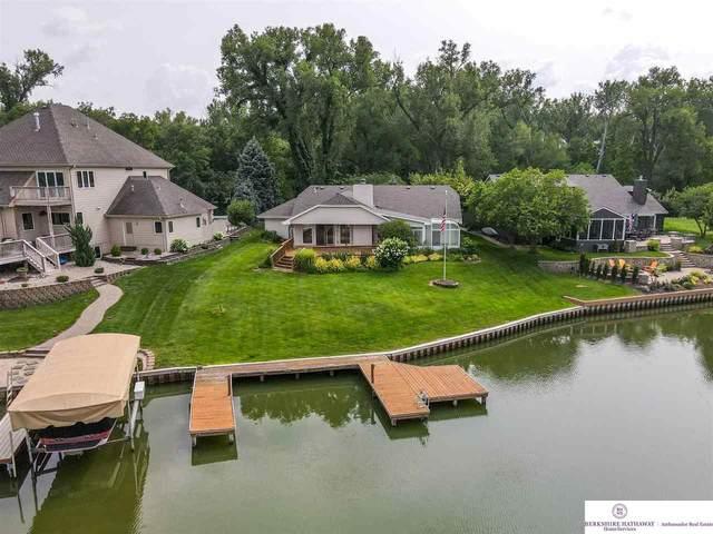 60 Ginger Wood Road, Valley, NE 68064 (MLS #22117097) :: Elevation Real Estate Group at NP Dodge