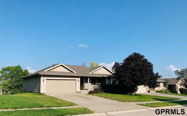12413 S 218Th Street, Gretna, NE 68028 (MLS #22117110) :: Elevation Real Estate Group at NP Dodge