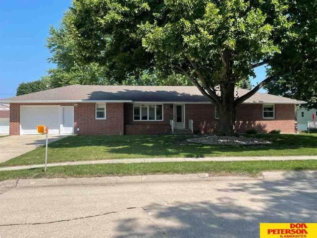 105 S Cedar, Hartington, NE 68739 (MLS #22117132) :: Omaha Real Estate Group
