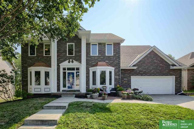 4233 S 175th Street, Omaha, NE 68135 (MLS #22117137) :: Elevation Real Estate Group at NP Dodge