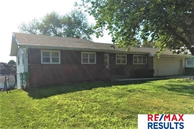 2506 S 49Th Street, Omaha, NE 68106 (MLS #22117149) :: Lincoln Select Real Estate Group