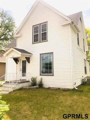 814 S 1st Street, Norfolk, NE 68701 (MLS #22117159) :: Omaha Real Estate Group