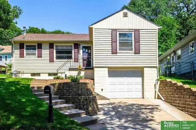 43 Park Circle, Council Bluffs, IA 51503 (MLS #22117169) :: Berkshire Hathaway Ambassador Real Estate