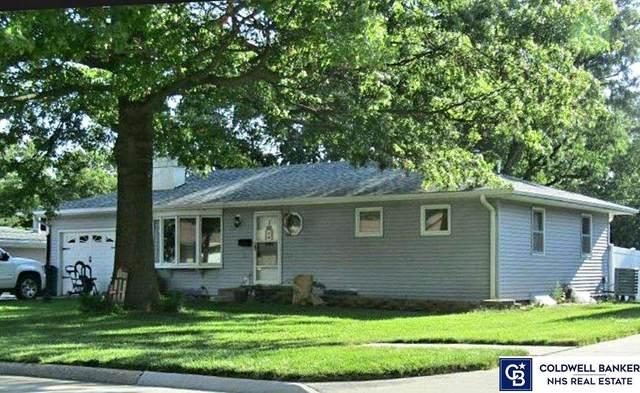 720 N Delaware Avenue, York, NE 68467 (MLS #22117171) :: Capital City Realty Group