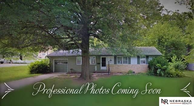 7706 Sunset Drive, Ralston, NE 68127 (MLS #22117188) :: Capital City Realty Group