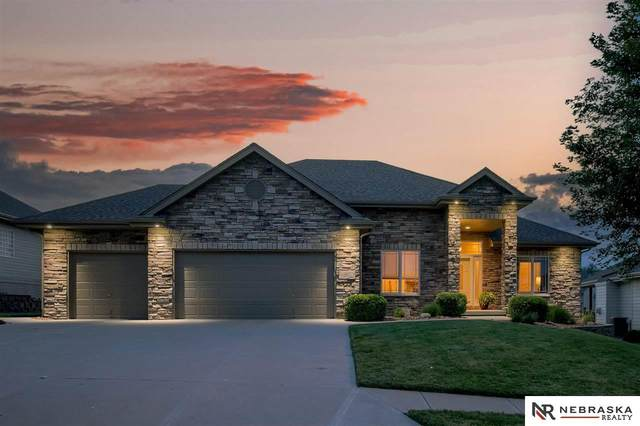 2532 N 169th Street, Omaha, NE 68116 (MLS #22117194) :: Dodge County Realty Group