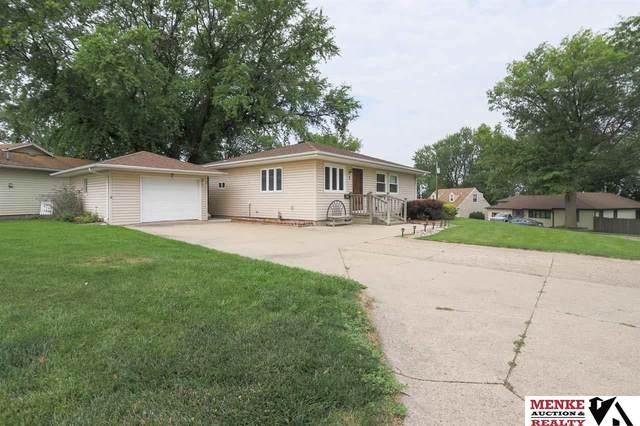 1 Hillside Drive, Treynor, IA 51575 (MLS #22117226) :: Omaha Real Estate Group