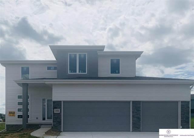 7704 Von Street, Papillion, NE 68046 (MLS #22117274) :: Omaha Real Estate Group