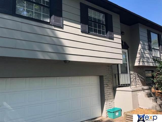 1012 N 105 Street, Omaha, NE 68114 (MLS #22117300) :: Catalyst Real Estate Group