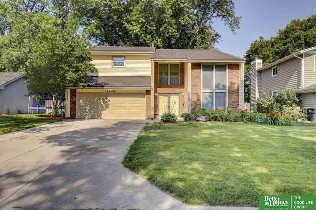 2518 S 166 Street, Omaha, NE 68130 (MLS #22117327) :: Berkshire Hathaway Ambassador Real Estate