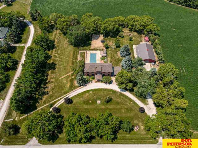 11071 8th Street, Nickerson, NE 68044 (MLS #22117333) :: Elevation Real Estate Group at NP Dodge