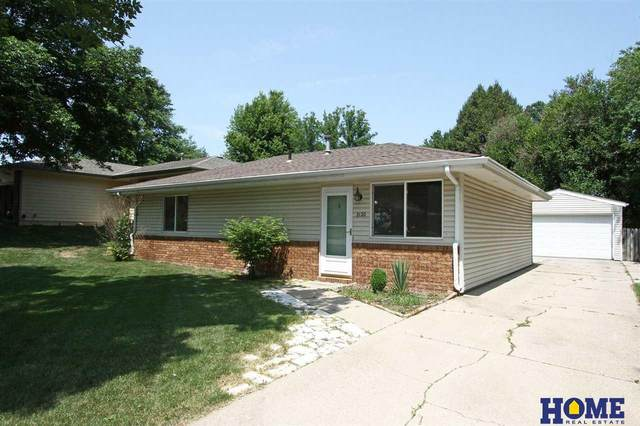 2120 W Plum Street, Lincoln, NE 68522 (MLS #22117354) :: Elevation Real Estate Group at NP Dodge