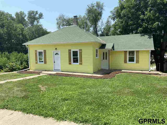 730 S 10th Street, Plattsmouth, NE 68048 (MLS #22117365) :: Catalyst Real Estate Group