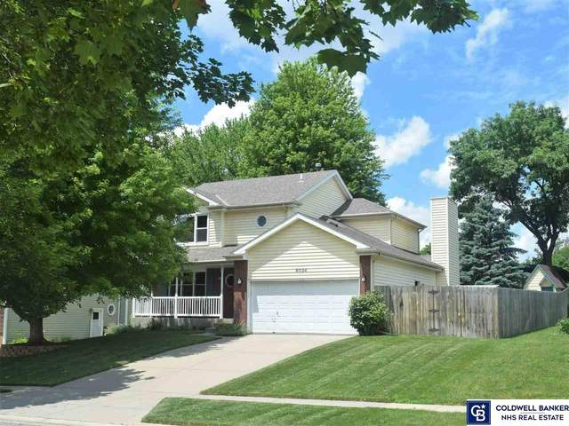 8024 Lowell Avenue, Lincoln, NE 68506 (MLS #22117372) :: Catalyst Real Estate Group