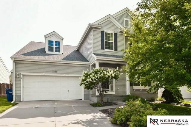 7925 N 153rd Street, Bennington, NE 68007 (MLS #22117376) :: Catalyst Real Estate Group
