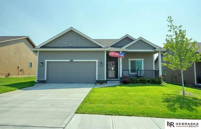 7505 N 167th Avenue, Bennington, NE 68007 (MLS #22117387) :: Dodge County Realty Group