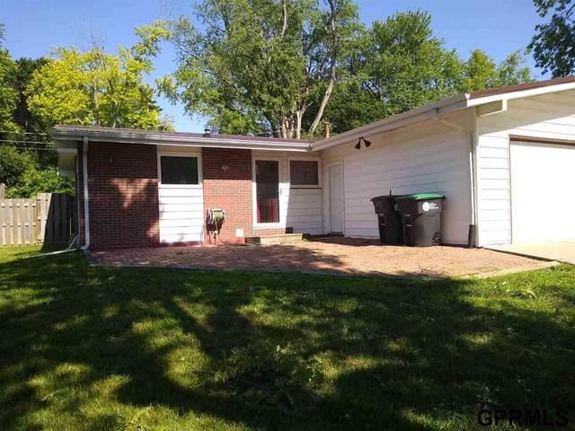 8765 Templeton Drive, Omaha, NE 68134 (MLS #22117464) :: Omaha Real Estate Group