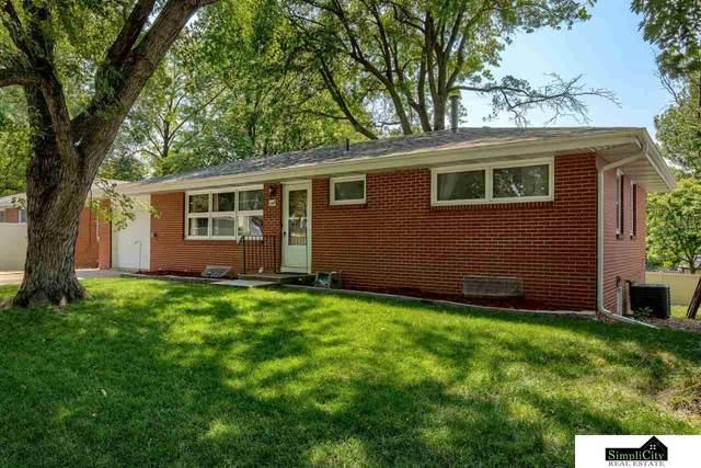 2309 N 70th Street, Lincoln, NE 68507 (MLS #22117502) :: Capital City Realty Group