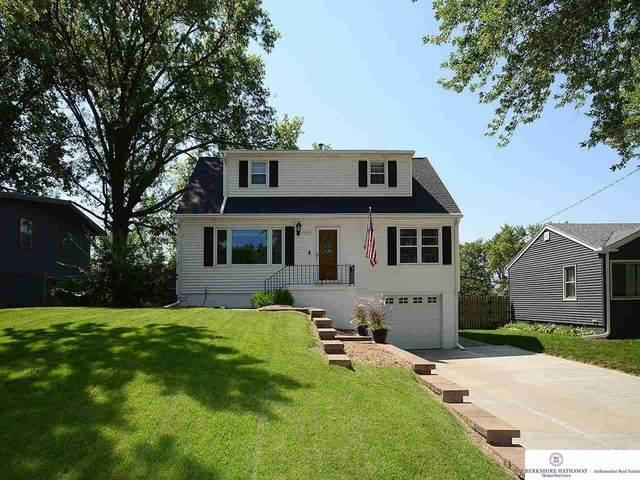 7517 Grover Street, Omaha, NE 68124 (MLS #22117526) :: Capital City Realty Group