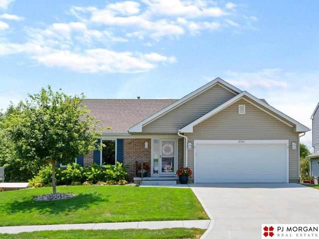 14733 Ruggles Street, Omaha, NE 68116 (MLS #22117542) :: Don Peterson & Associates