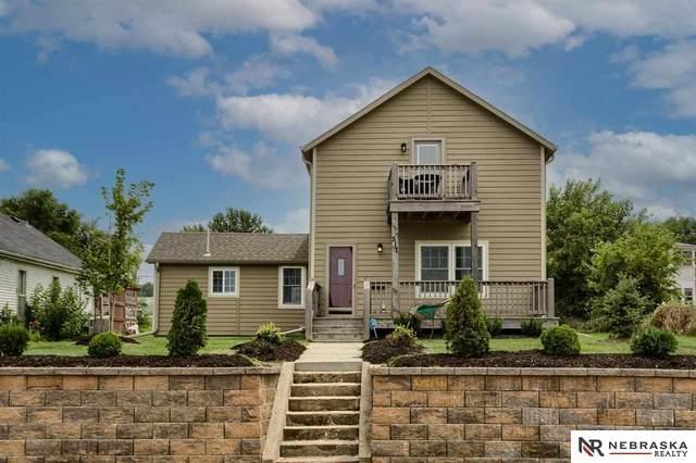517 Pierce Street, Omaha, NE 68108 (MLS #22117556) :: Lighthouse Realty Group