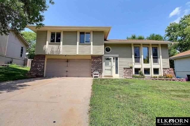 13118 Burdette Circle, Omaha, NE 68164 (MLS #22117582) :: Elevation Real Estate Group at NP Dodge