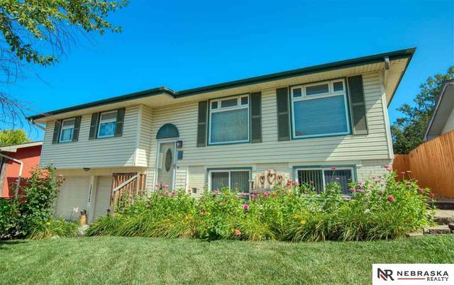 13512 Olive Street, Omaha, NE 68138 (MLS #22117624) :: Omaha Real Estate Group
