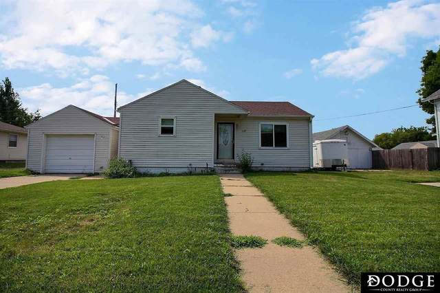 1225 E 10th Street, Fremont, NE 68025 (MLS #22117635) :: Dodge County Realty Group