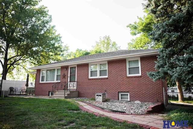 5700 Vine Street, Lincoln, NE 68505 (MLS #22117726) :: Lincoln Select Real Estate Group